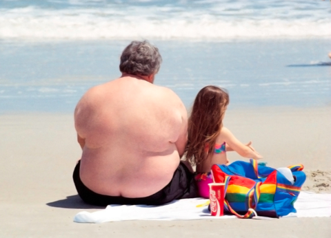 How Festively Plump Dads Might Make Their Daughters Sick